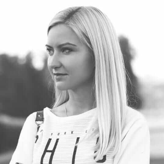 Ксения Натарова